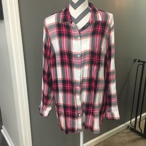 Loose-Fit Lightweight Plaid Button Down Shirt XL